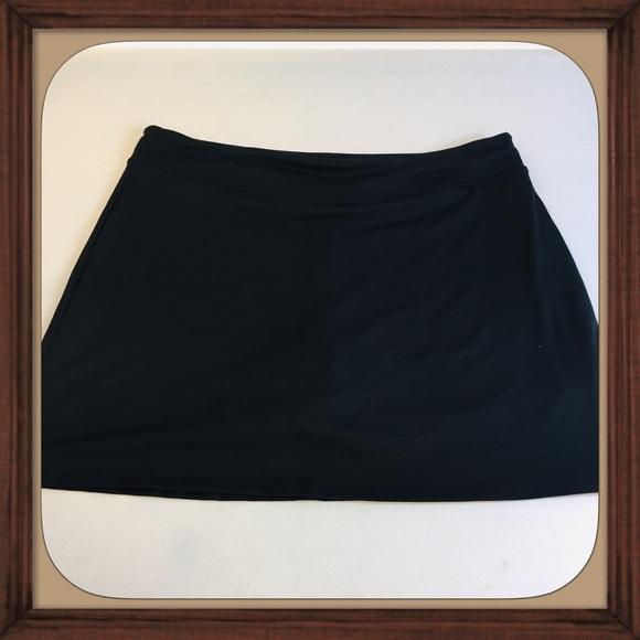 c4b8637c482ee Tranquility Black Plus Size Yoga   Active Skort